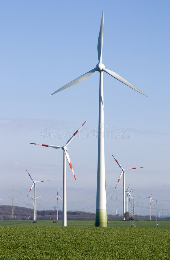 generator energii wiatru obraz royalty free