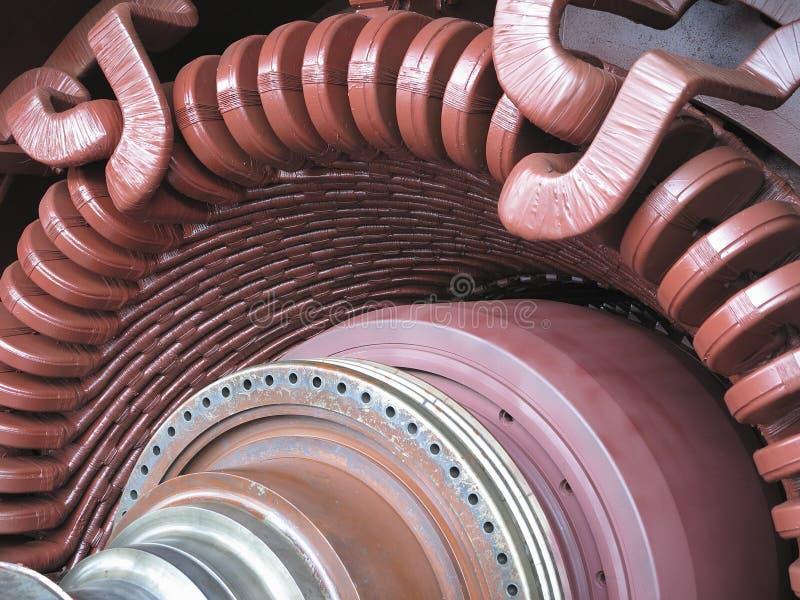 Generatore di corrente e turbina a vapore elettrici durante la riparazione fotografia stock libera da diritti