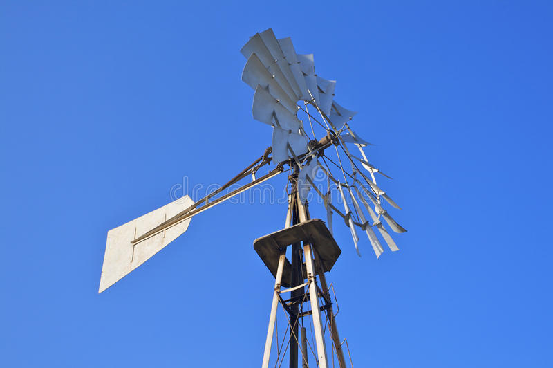 Generatore di energia eolica fotografie stock libere da diritti