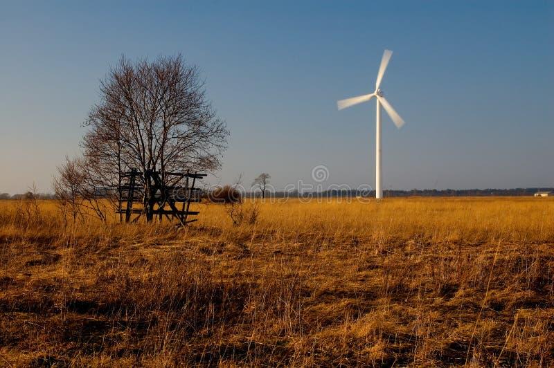 Generatore di potenza del mulino a vento 7006 fotografia stock libera da diritti