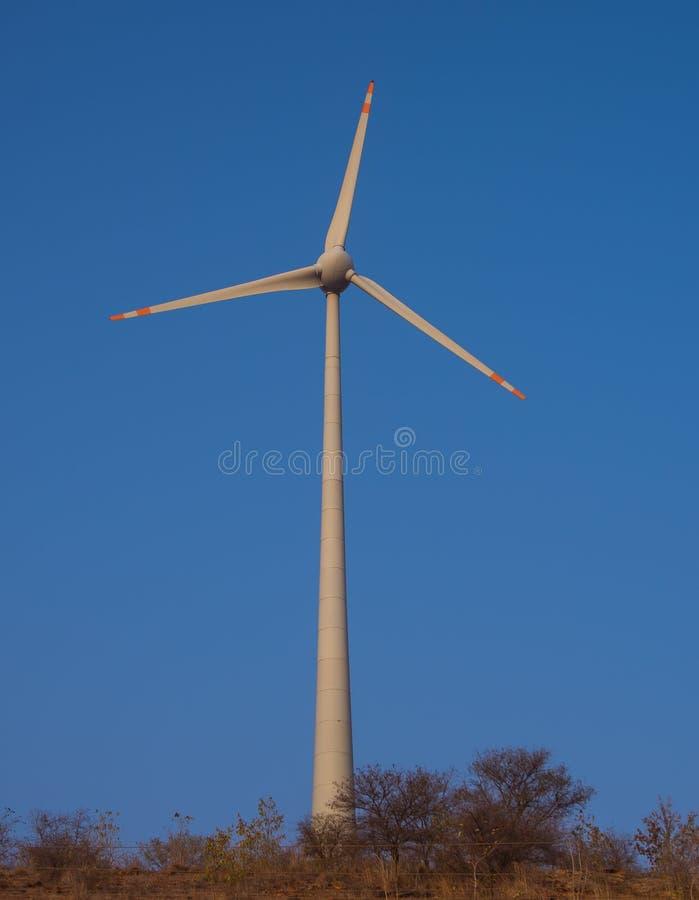 Generatore eolico enorme fotografie stock