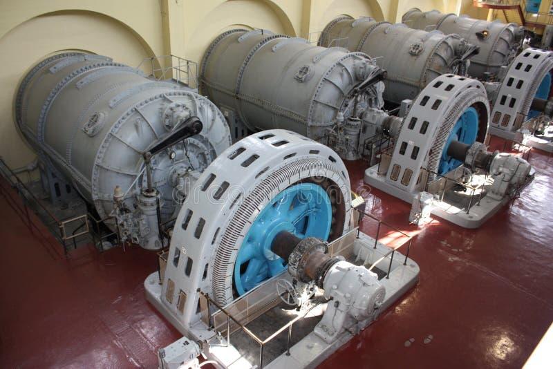 Generatori della centrale elettrica immagini stock