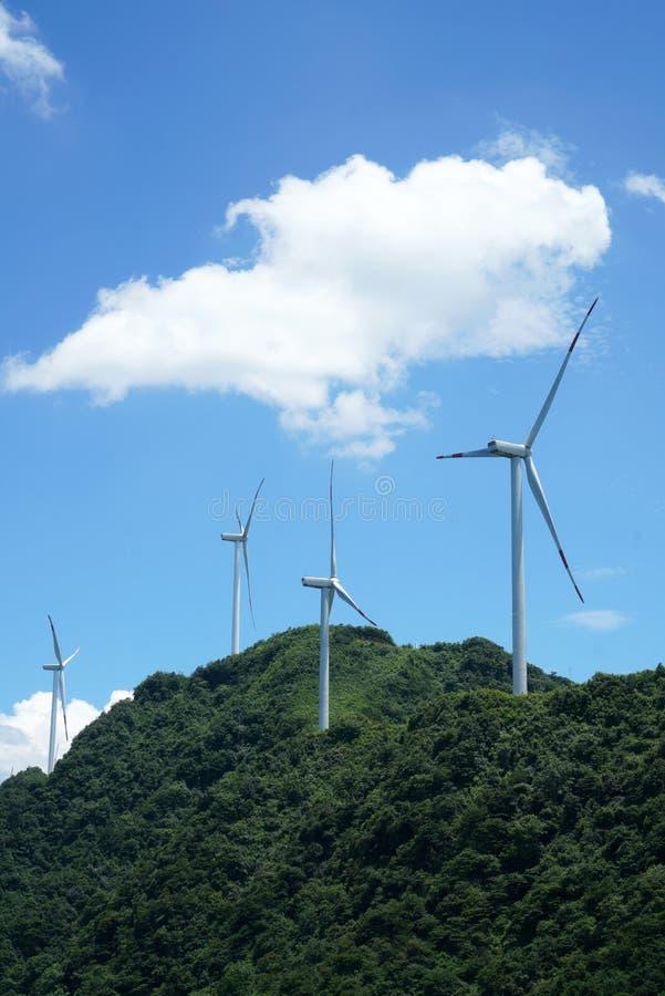 Generatori eolici in porcellana fotografie stock libere da diritti