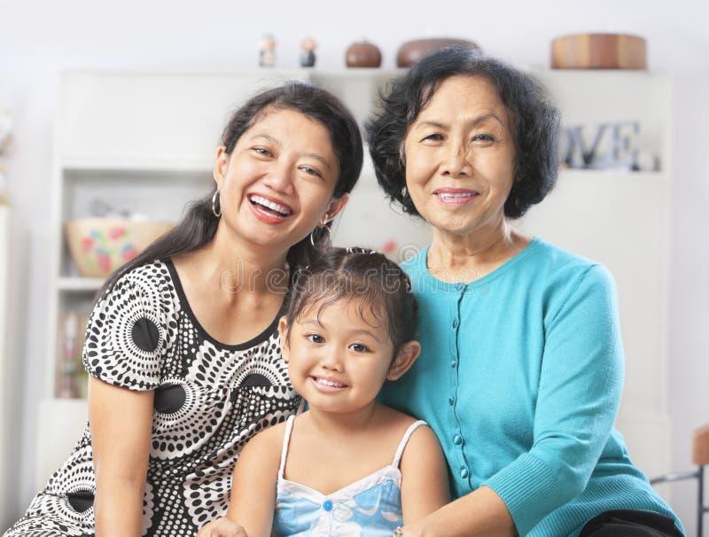 Generazione tre di femmine asiatiche immagini stock libere da diritti