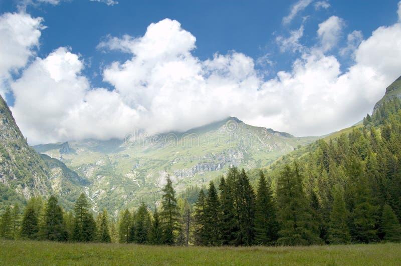 Genere di panorama della montagna immagini stock libere da diritti
