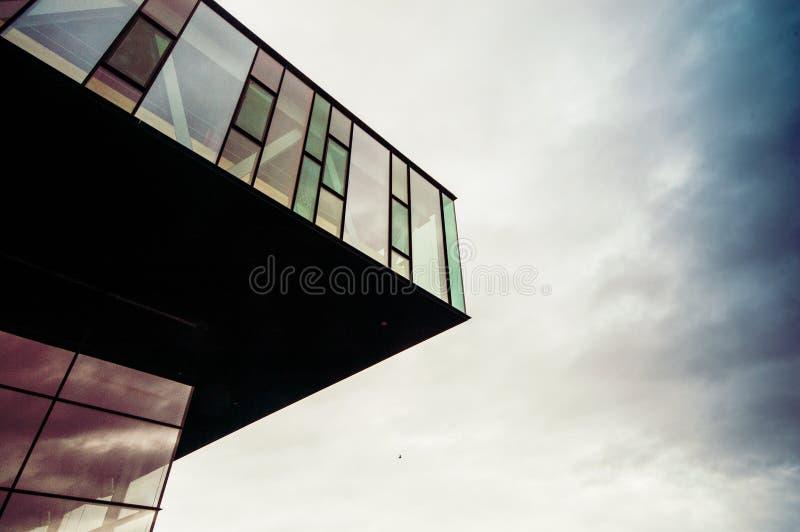 Generische moderne Architektur lizenzfreie stockfotos