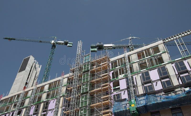 Generisches Gebäude im Bau stockbild