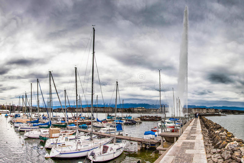 Download Geneva Lake Front - Marina And Jeat D'Eau Editorial Image - Image: 24252565