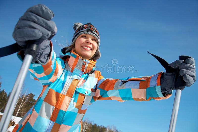 Genießen Sie Ski zu fahren lizenzfreies stockfoto