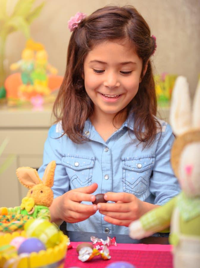 Genießen von Ostern-Feiertag lizenzfreie stockfotografie