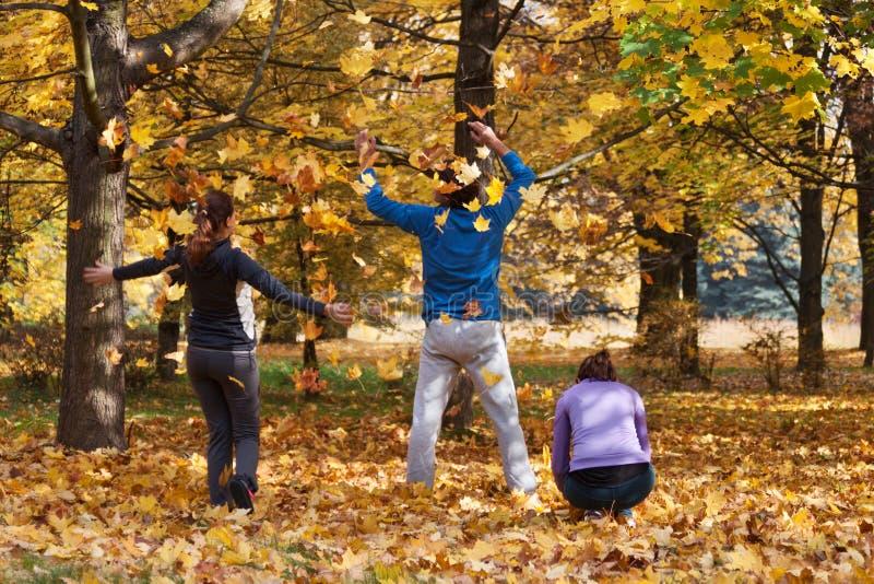 Geniet van de herfst royalty-vrije stock fotografie