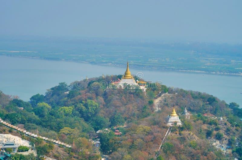 Geniet van het toneellandschap van Sagaing royalty-vrije stock afbeelding