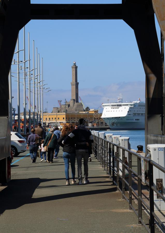 Genoa Italy: Der berühmte Leuchtturm von Genua nannte 'La Lanterna ' stockbild
