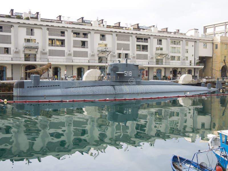 Genoa Italy _23 dicembre 2018: la nave da guerra Nazario Sauro sottomarino ha attraccato a Galata museo del mare fotografia stock