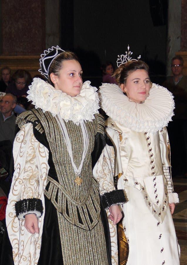 Genoa Italy - het Historische weer invoeren van een danspartij die in Genua in 1648 plaatsvond stock foto