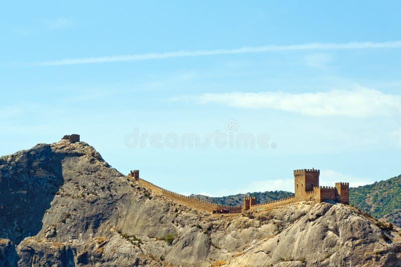 Genoese fästning bara efter gryningen. arkivfoton