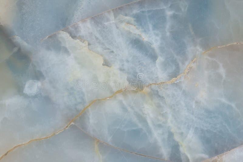 Genomskinlig textur för blå gemstone, halvädel gemtonetextur arkivfoton