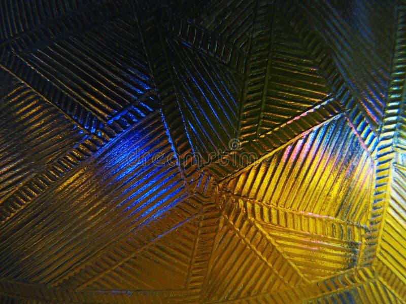 Genomskinliga abstrakt begreppmodeller mot bakgrunden av natten tänder arkivfoton