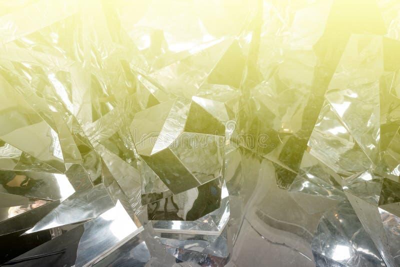 Genomskinliga iskristaller texturerar sprucken bakgrund Abstrakta iskvarter Skinande tapet för vinter Abstrakt solljus och arkivfoto
