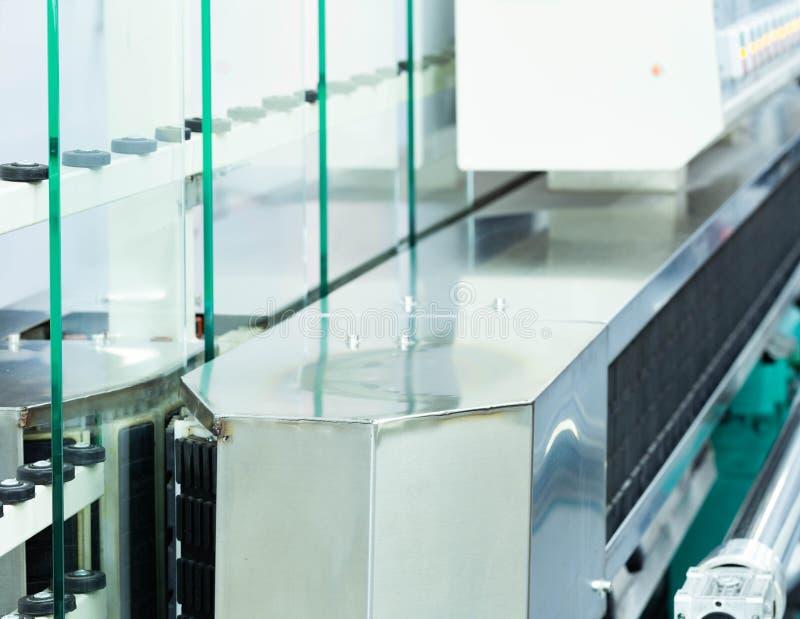 Genomskinligt exponeringsglas på maskinen arkivbilder
