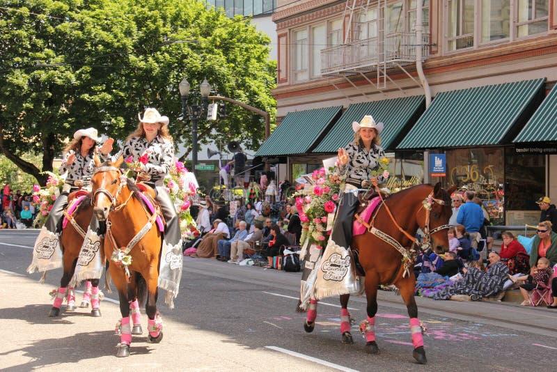 Genomsyrar rosa festival 2014 royaltyfria foton