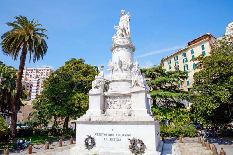Genova Genua, Italien - April 18, 2019: Charma gator av Genua, Italien Gammal ber?md stad av Italien, med h?rligt arkivfoton