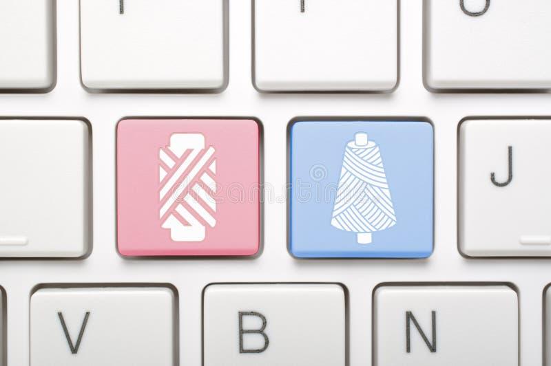 Genres de remorquage de fil sur le clavier photo libre de droits