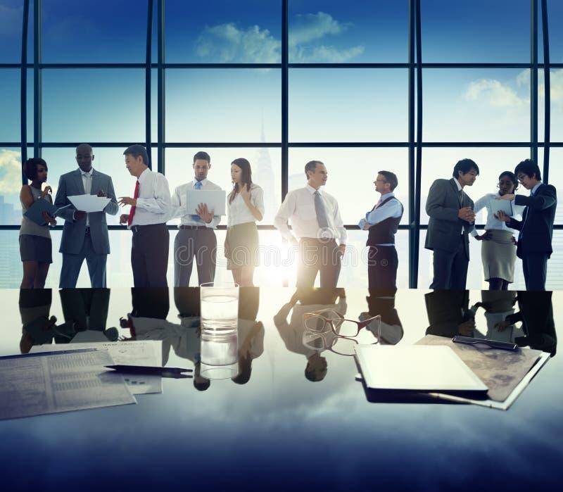 Gens d'affaires de discussion de diversité de concept d'entreprise de réunion image libre de droits