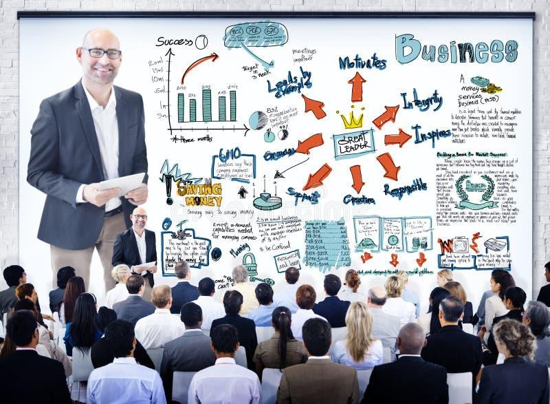 Download Gens D'affaires Divers Dans Un Séminaire De Leadership Photo stock - Image du finances, transmission: 45364380