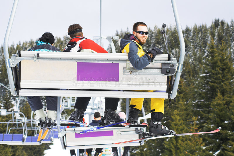 Gens de ski - ressource de l'hiver photographie stock libre de droits