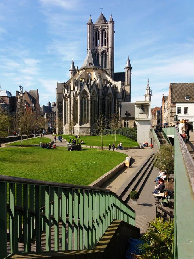 GENT, BELGIA 03 25 2017 ?wi?tobliwych Nicholas Ko?cielny Sint-Niklaaskerk w dziejowym centrum miasta Ghent fotografia royalty free