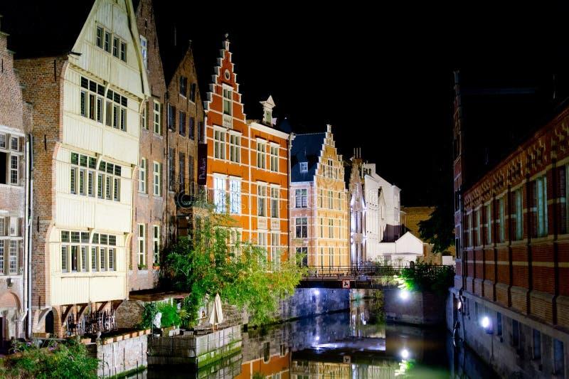 Gent-Stadt in der Nacht lizenzfreie stockfotografie
