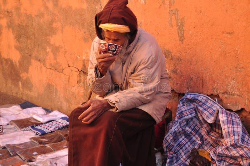 Gente de Marruecos en la calle foto de archivo libre de regalías