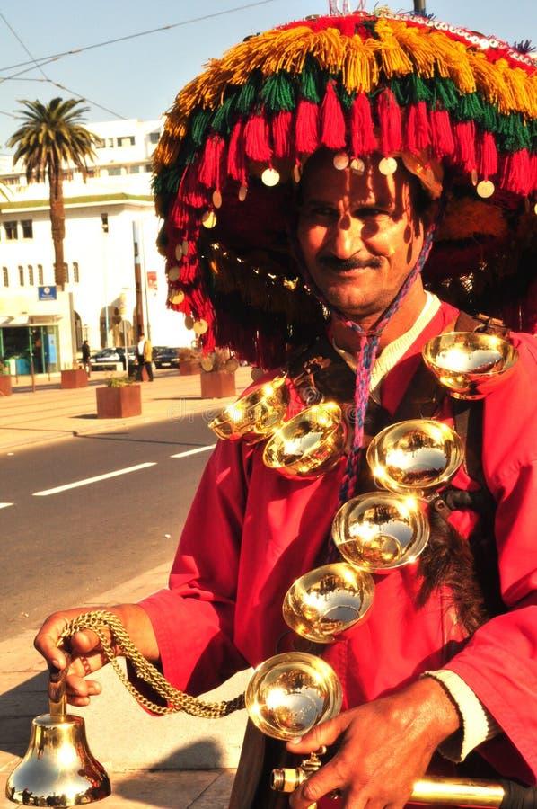 Gente de Marruecos que vende el agua fotos de archivo