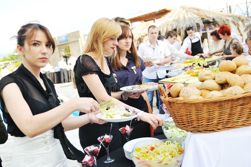 Gente del alimento de la comida fría imagen de archivo