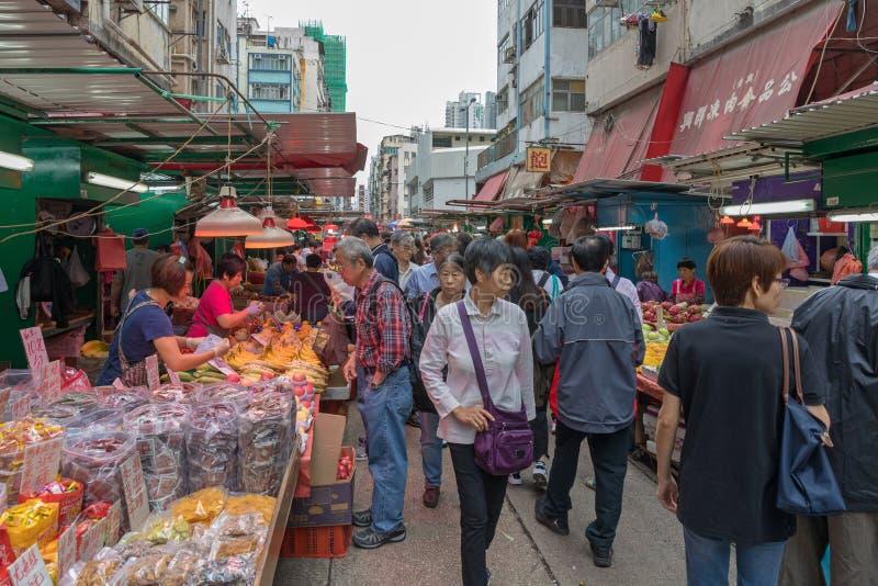 Gente del mercado callejero foto de archivo libre de regalías