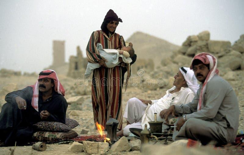 Download GENTE DEL PALMYRA DE ORIENTE MEDIO SIRIA Foto de archivo editorial - Imagen de medio, siria: 64203568