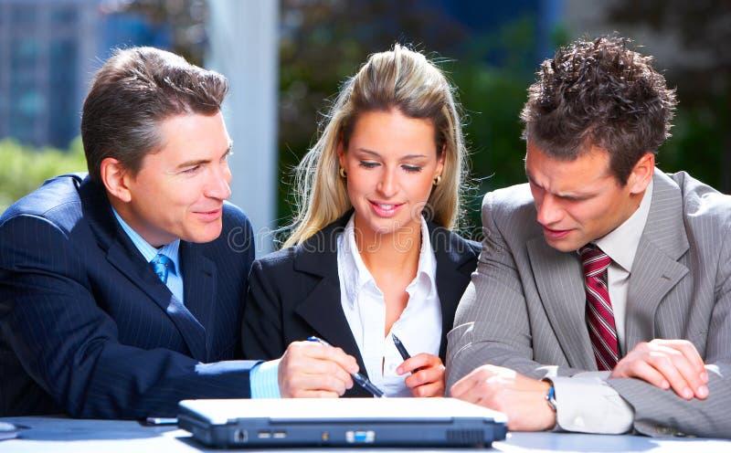 Download Gente di affari fotografia stock. Immagine di calcolatore - 7305260