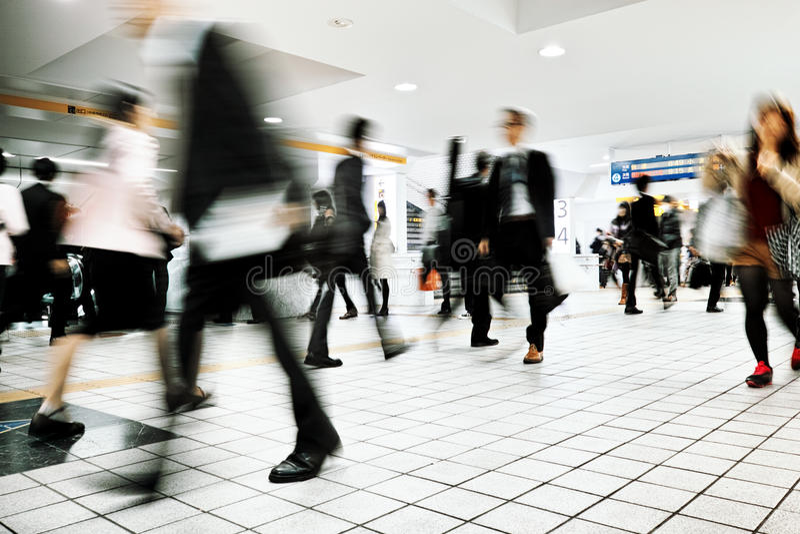 Gente di affari della città di permuta di camminata corporativa fotografie stock