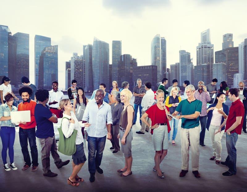 Gente di affari di paesaggio urbano della Comunità di diversità di concetto del fondo immagine stock libera da diritti