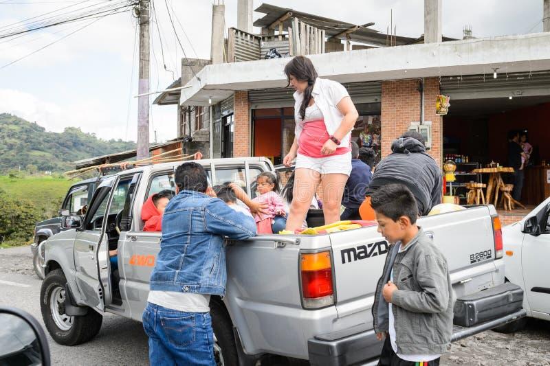 Gente en Ecuador imagenes de archivo