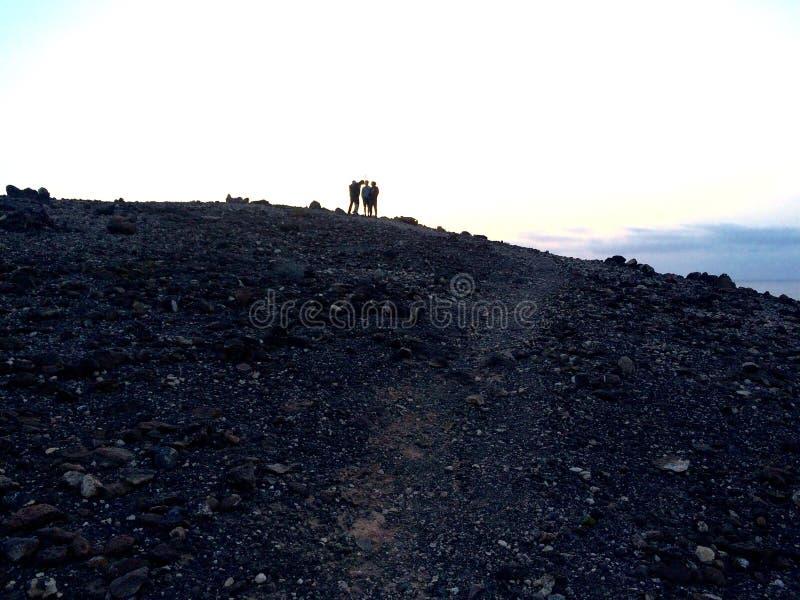 Gente en la colina fotografía de archivo libre de regalías