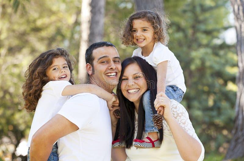 Gente hispánica feliz fotos de archivo