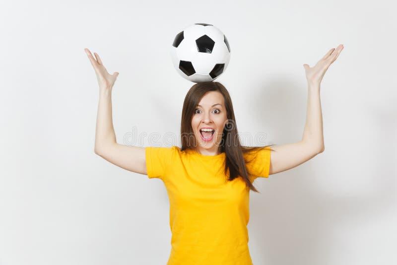 Gente joven, fanático del fútbol o jugador europeo hermoso en el fondo blanco Deporte, juego, salud, concepto sano de la forma de fotografía de archivo
