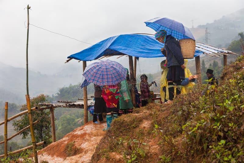 Gente negra en el PA del Sa, Vietnam del norte de Hmong imágenes de archivo libres de regalías