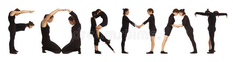Gente vestida negro que forma la palabra FORMATO fotografía de archivo