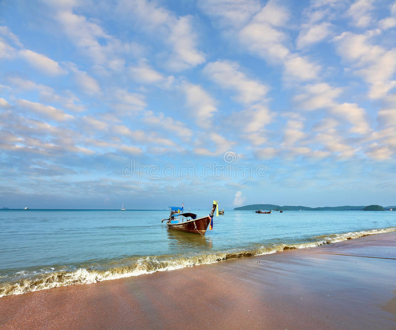 Download Gentle Warm Morning On Fantastic Sea Coast Stock Image - Image: 20403045