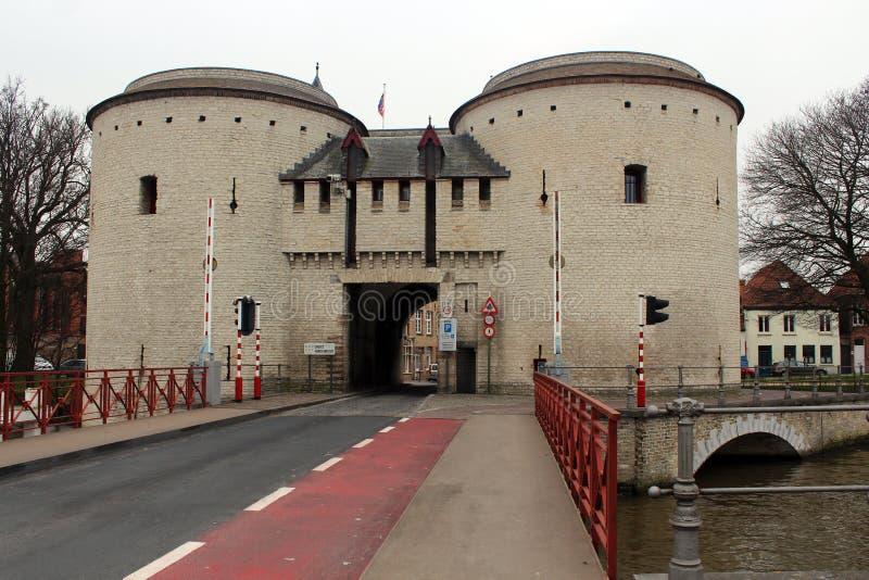 Gentpoort - Bruges, Bélgica foto de stock