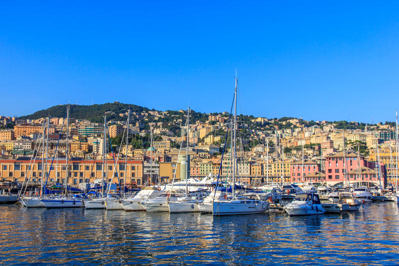 Genua havsport med yachter, Italien arkivbilder