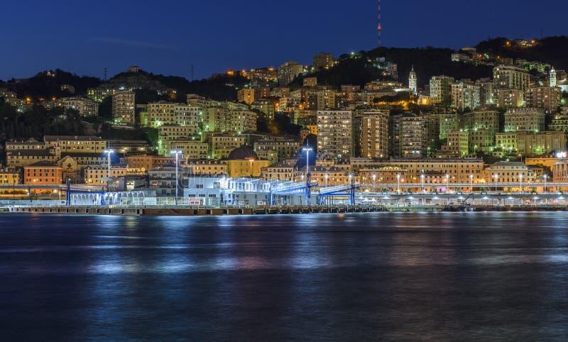 Genua, Ligurien, Italien, Europa, Ansicht vom alten Hafen lizenzfreies stockbild